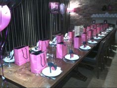 Black/hot pink hen party theme