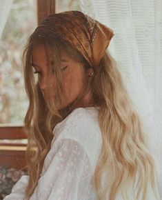 35 Simple Long Hair Style You Can Copy Now easy and simple hairstyle afro bangs hair hair styles mujer peinados perm style curly curly Easy Hairstyles For Long Hair, Scarf Hairstyles, Bandana Hairstyles For Long Hair, Beautiful Hairstyles, Hairstyle Ideas, Bandana In Hair, Bandana Headbands, Bandana Outfit, Hair Bandanas