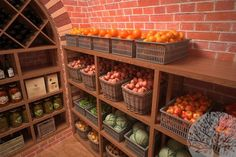 Food Storage Rooms, Storage Spaces, Root Cellar Plans, Tidy Kitchen, Dream House Exterior, Home Recipes, Little Houses, Home Decor Styles, Kitchen Organization