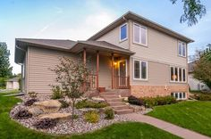 546 Lexington Dr  Oregon , WI  53575  - $225,000  #OregonWI #OregonWIRealEstate Click for more pics
