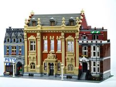 Gemeentearchief Rotterdam | This former municipal archive at… | Flickr Lego Architecture, Classic Architecture, Victorian Architecture, All Lego, Lego Modular, Cool Lego Creations, Lego Design, Lego Worlds, Amazing Buildings