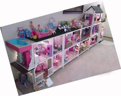Handmade Barbie House For Little Ladies - Explore TrendingYou can find Barbie house and more on our website.Handmade Barbie House For Little Ladies - Explore Trending Dreamhouse Barbie, Barbie Doll House, Barbie Dream House, Barbie Dolls, Dolls Dolls, Barbie Storage, Toy Storage, Barbie Organization, Storage Chest
