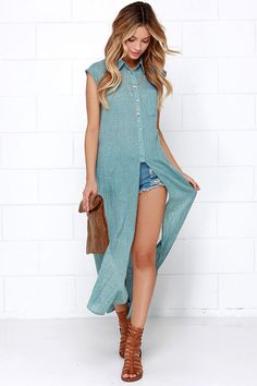 fresh take on a maxi shirt ~I generally think that these maxi shirts are stupid but I like this one