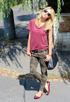 military camo print skinny jeans with relaxed tee and flats. Cute street style!