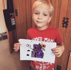 Freddie has been teaching himself #HowToDraw (a Haunted House) developing his artistic skills using YouTube tutorials ... #sketching #Art #ukedchat #parenting #HauntedHouse