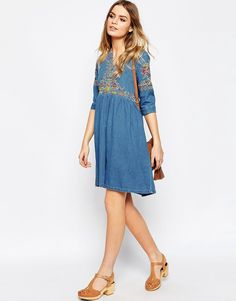 Denim Embroidered Dress & Block Heeled Sandals {Boho Chic, Gypsy, Bohemian, Indie Folk, Hippie} www.lovekrystle.com