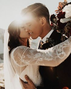 Impressive Wedding Photography Secrets And Ideas. Fabulous Wedding Photography Secrets And Ideas. Wedding Goals, Wedding Pictures, Dream Wedding, Wedding Day, Wedding Family Photos, Groom Pictures, Wedding Beach, Boho Wedding, Wedding Bride