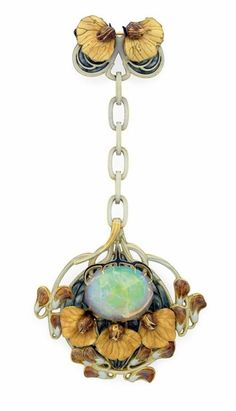 "AN ART NOUVEAU ENAMEL, OPAL AND GOLD ""SWEET PEA"" PENDANT BROOCH  BY RENE LALIQUE"