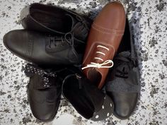 Originally, Oxfords were plain, formal shoes, made of leather but they evolved into a range of styles suitable for both formal and casual wear.  www.theworkshopshoes.com