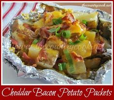 The Country Cook: Cheddar Bacon Potato Packets {cheesy bacon and potatoes, holy yum! Foil Pack Meals, Foil Dinners, Grilling Recipes, Cooking Recipes, Campfire Recipes, Traeger Recipes, Cooking Pork, Cooking Salmon, Easy Cooking