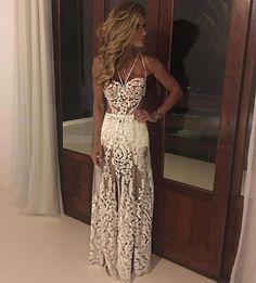 WEBSTA @ lebronstein - E que comecemos looks bapbônicos de Reveillon/17 @lethiciaatelier : @carolmagalhaes1 deslumbrante para Trancoso! #elasusamlethicia #theywearlethicia #looksreveillon #vestidoslethicia