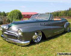 Muscle Car Mondays: They just don't quite make them like this anymore. Customized and classy!