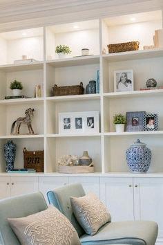 Brilliant Built In Shelves Ideas for Living Room 49 - Rockindeco : Brilliant Built In Shelves Ideas for Living Room 49 – Rockindeco Bookshelf Design, Bookshelves Built In, Built Ins, Bookshelf Styling, Bookcases, Bookshelf Lighting, Decorate Bookshelves, Bookshelf Ideas, Living Room Shelves