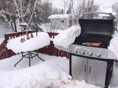 England and Ireland, your BBQ's are so cute. come to Canada Newfoundland Canada, Newfoundland And Labrador, Newfoundland Recipes, Meanwhile In Canada, Canadian Winter, Canada Eh, My Land, Best Funny Pictures, Funny Memes