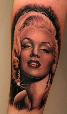 Marilyn Monroe Pin Up Tattoo - Electric Linda  One of the best pinups I have ever seen. No color necessary
