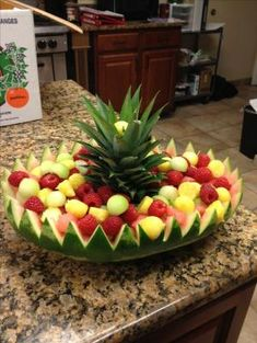 Watermelon basket I worked from - . Watermelon basket I worked from - . Fruit Kabobs, Fruit Snacks, Fruit Recipes, Fruit Salad, Picnic Recipes, Easter Recipes, Watermelon Basket, Watermelon Fruit Displays, Luau Fruit Display