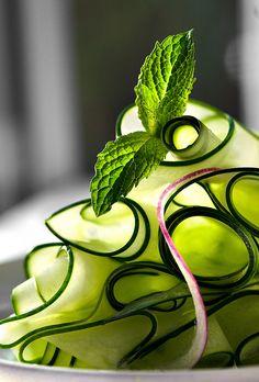 ribbon cucumber salad with mint -