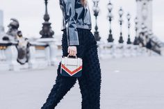 3e6f2178eb24 Best Street Style Paris Fashion Week Mars 2018 of Julia Comil / French  Fashion Blogger in Los Angeles - Outfit for Chanel Fall Winter 2018 201…