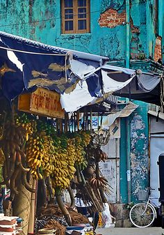 the hedonista: Eating on the South Coast of Sri Lanka  Galle Market