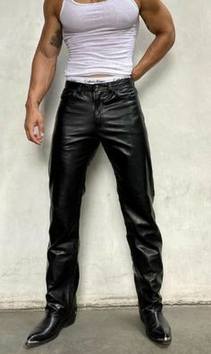 Cute Casual Outfits, Men Casual, Leather Men, Leather Pants, Mens Fashion, Fashion Outfits, Fashion Tips, Street Outfit, Looks Style
