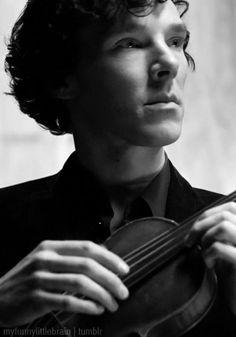 Benedict Cumberbatch as Sherlock (playing the violin! Benedict Sherlock, Sherlock Season 2, Sherlock Holmes 3, Sherlock Holmes Benedict Cumberbatch, Sherlock John, John Watson, Johnlock, Martin Freeman, Detective