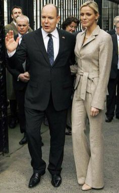 April 2011 - Prince Albert and his fiancee Charlene Wittstock visit Dublin's National Museum during a State visit Princesa Charlene, Visit Dublin, Princess Grace Kelly, Religious Wedding, Charlene Of Monaco, April 3, Civil Wedding, Fiancee, Prince Albert