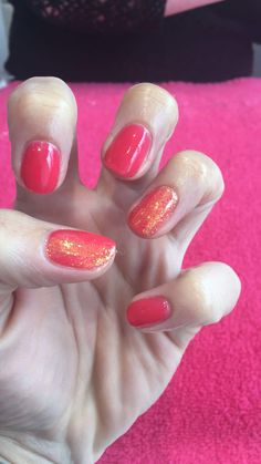 Shellac Lobster Roll with Evie Magpie Glitter!
