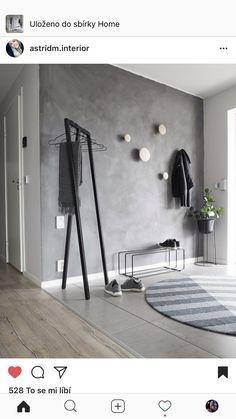 grey walls with wood hooks Entryway and Hallway Decorating Ideas Grey Hooks Walls Wood Interior Design Living Room, Living Room Decor, Interior Decorating, Bedroom Decor, Decorating Ideas, Hallway Decorating, Dining Room, Wood Hooks, Flur Design
