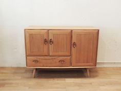 Aparador Ercol - midcentury - aparador - sideboard - macintosh - wood - woodwork - madera - furniture - mobiliario - thenave - ercol