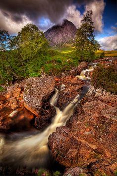 Great herdsman ofj Etive in Scotland Keywords: #weddings #jevelweddingplanning Follow Us: www.jevelweddingplanning.com  www.facebook.com/jevelweddingplanning/