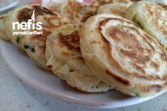 Peynirli Pankek Tarifi nasıl yapılır? 4.039 kişinin defterindeki Peynirli Pankek Tarifi'nin resimli anlatımı ve deneyenlerin fotoğrafları burada. Yazar: Nefis tariflerim