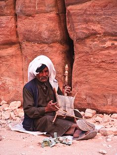 ❥ Musician in the the ancient city of Petra, Jordan~ what is this instrument he's playing?