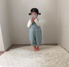 Cute Asian Babies, Korean Babies, Asian Kids, Cute Babies, Cute Little Girls Outfits, Little Kid Fashion, Kids Fashion, Cute Baby Boy, Cute Kids