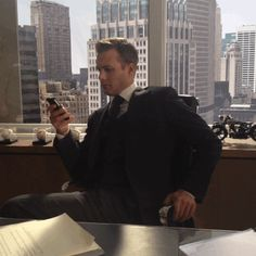 Harvey Specter (Gabriel Macht). Suits on USA. Love him.