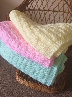 Easy Weave Baby Blanket Knitting pattern by Daisy Gray Knits 200 grams of Double Knitting baby yarn. One pair of mm UK size, (size 9 USA size) straight knitting needles. A very simple design using only knit and purl stitches to create a woven effect Easy Knit Baby Blanket, Free Baby Blanket Patterns, Knitted Baby Blankets, Crochet Blanket Patterns, Baby Patterns, Knitting Patterns Free, Baby Girl Crochet Blanket, Baby Blanket Size, Knit Patterns