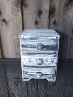 jewelry field/picket mini chest of drawers/jewellery field.  Discover even more by visiting the picture