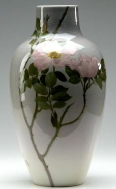 ROOKWOOD Large Iris glaze vase painted by A.R. Valentien with pink roses, 1902