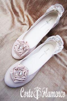 zapatos-exclusivos-de-comunion-corte-flamenco-pituka-zapatos-hechos-a-manos-forrar-zapatos-mary-james-sabrinas-bailarinas-manoletinas-modelo-3