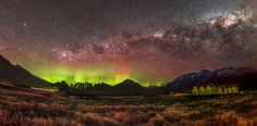 The Milky Way and Aurora above the mountains of Wakatipu New Zealand [OC] [5854x2887]   landscape Nature Photos