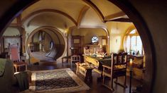 Bilbo's House - The Middle Earth World of Tolkien Fairytale House, Sweet Home, Underground Homes, Cozy Cabin, Suites, Fairy Houses, Middle Earth, The Hobbit, My Dream Home