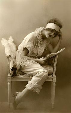 1920s pyjamas.