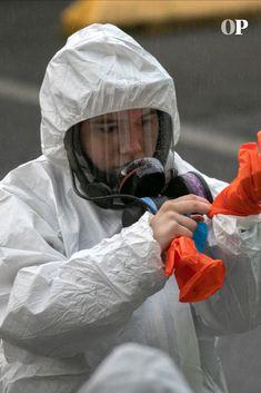 Gas Mask Girl, Respirator Mask, Medical, China, Suits, Girls, Fashion Design, Animal Testing, Political Posters