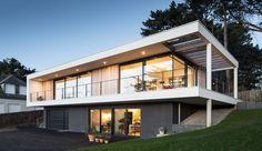 Splendide maison contemporaine au bord d'un lac en France, Une-15-05-house-crozon2 #construiretendance