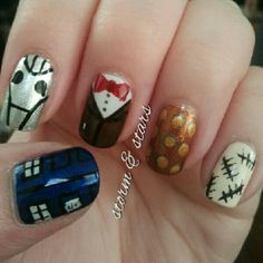 Doctor Who nails! I want to try this with my sis @jryoung79