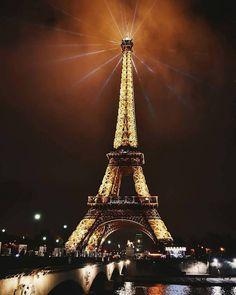 Torre Eiffel em Paris, França