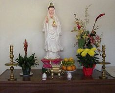 buddhist altars in the home | Ancestor Altar In Home http://www.louisianafolklife.org/LT/Articles ...