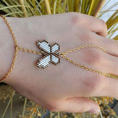 "115 Me gusta, 2 comentarios - byfatosyilmaz (@atolye_ekim) en Instagram: ""#atolye_ekim #iyihaftasonlari #handmade#bileklik #bracelet #woman #miyukidelicas #accessories…"""