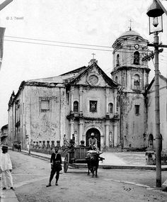 Old Church of San Agustin established 1563 oldest church in Manila. Philippine Islands late or early 20 century Philippine Art, Intramuros, Philippines Culture, Filipino Culture, Old Churches, Travel News, Old Photos, Old Things, Islands