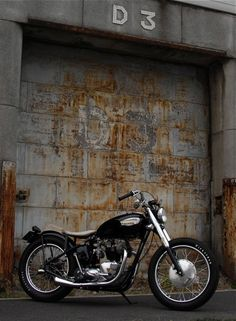 Triumph | Bobber Inspiration - Bobbers and Custom Motorcycles | plutoniumrain December 2014