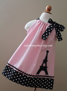 Lovely Eiffel Tower Paris pillowcase dress